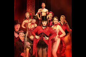Let's Burlesque! - Evi & das Tier und ihre wilde Truppe lassen die Puppen tanzen