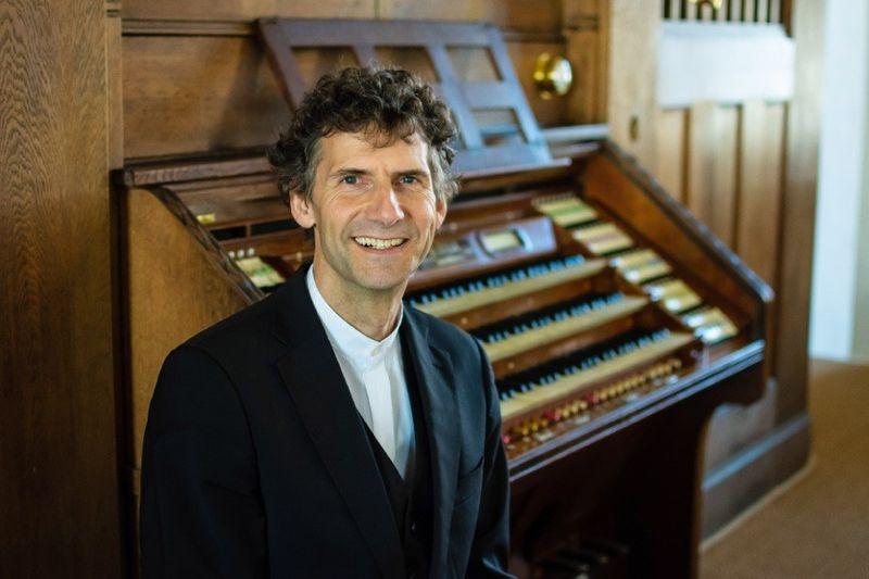 Organist Michael Vetter