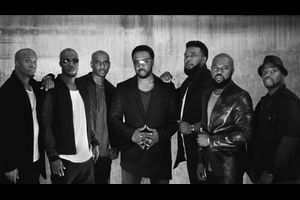 """Naturally 7: """"Best of Vocal Play"""""""