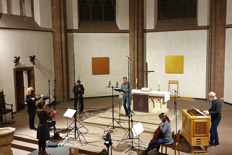 """Einspielung einer """"Corona""""-CD mitbarocken Tenor-Solo-Kantaten in der Dreikönigskirche Frankfurt am Main"""