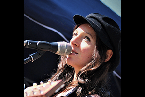 Nadine Fingerhut & Band
