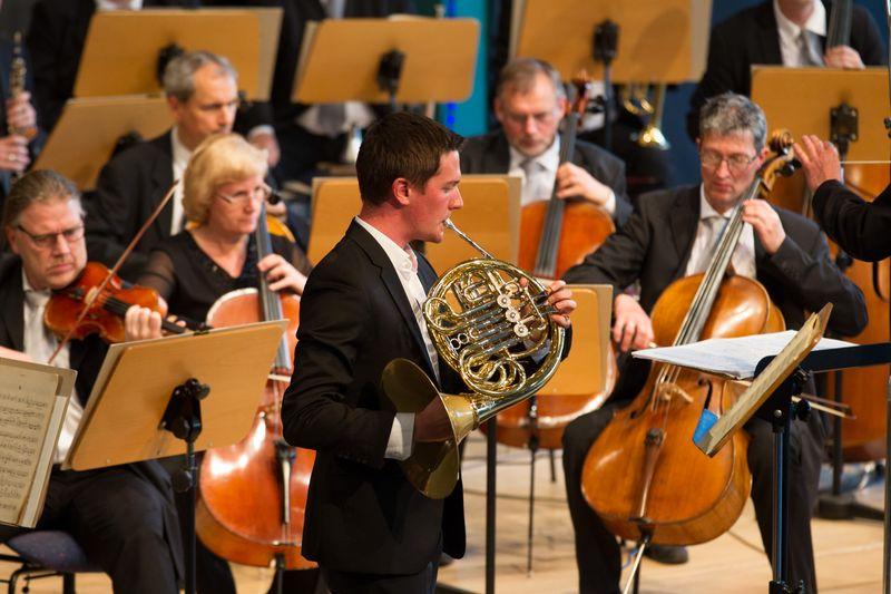 Ivo Dudler und das Philharmonische Orchester Plauen-Zwickau