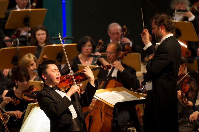 Ziyu He - 1. Preisträger des Internationalen Instrumentalwettbewerbes Markneukirchen 2015