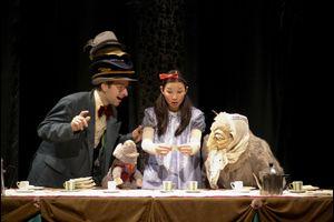 """T-Werk & Theater NADI zeigen: """"Alice im Wunderland"""""""