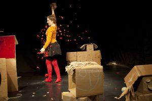 """Amai Figurentheater  zeigt: """"Pappelapapp"""" 3+"""