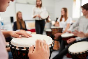 DMR PM Versagenskreislauf der Bildungspolitik: Senkung der Qualitätsstandards für angehende Musiklehrkräfte ist keine Lösung