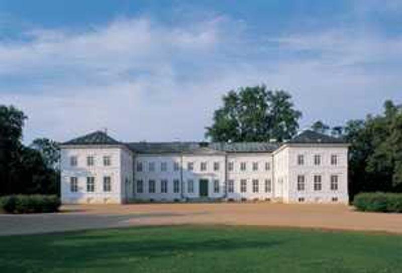 Schloss Neuhardenberg, Foto: Toma Babovic
