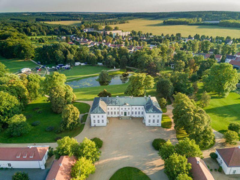 Stiftung Schloss Neuhardenberg, Fotokraftwerk